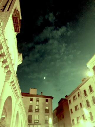 moonterrace